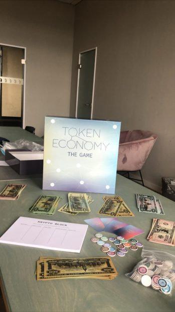 Блокчейн-настольная игра Token Economy